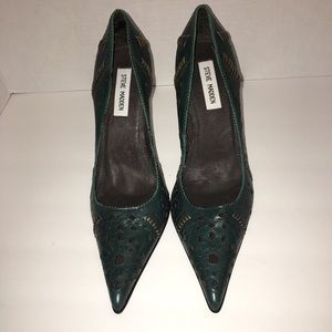 fc8467e5e41 Women's Cut Shoes on Poshmark